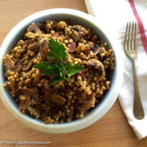 Buckwheat Kasha with Mushrooms (Гречневая каша с грибами)