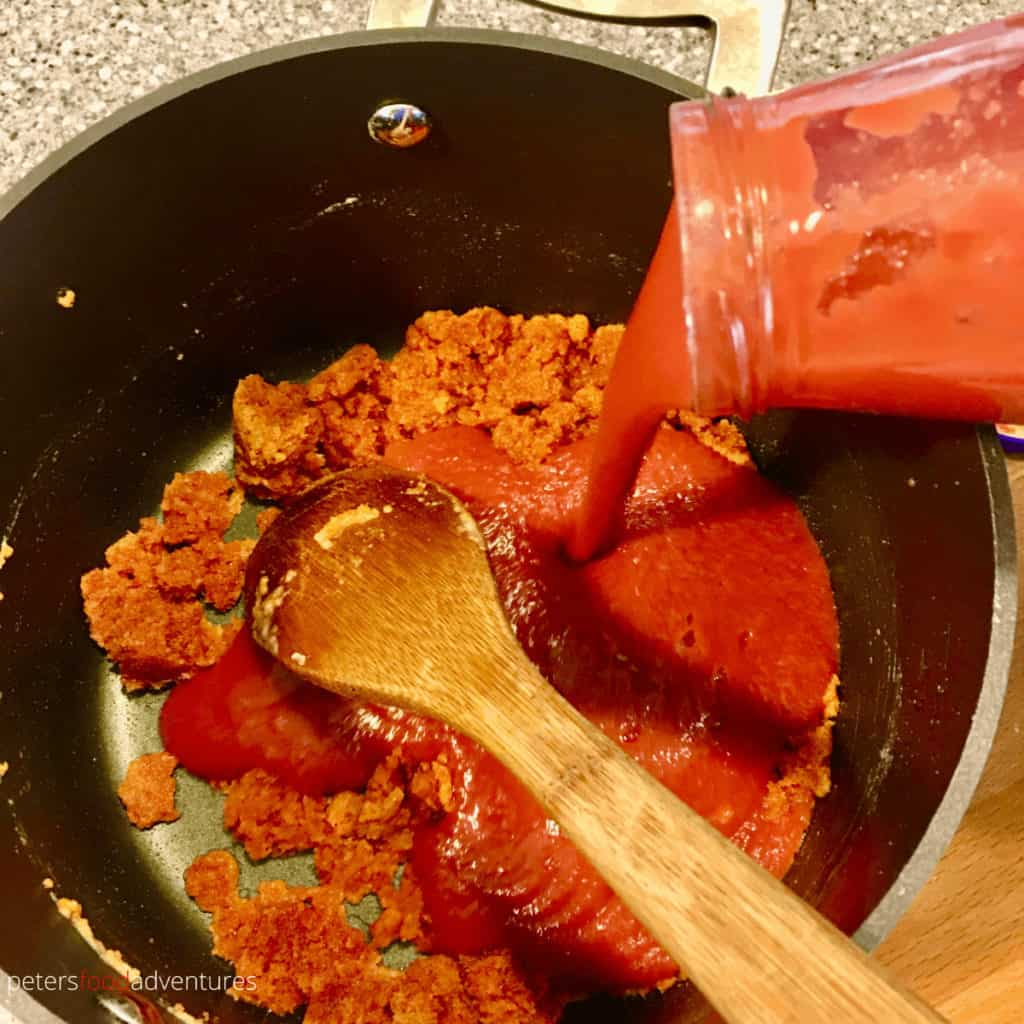 tomato sauce roux for stuffed peppers