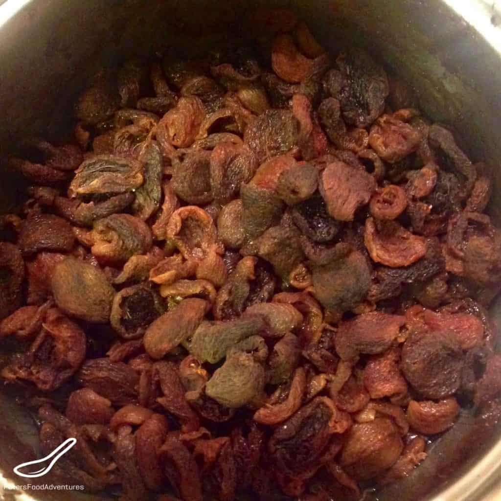 dried apricots for piroshki filling