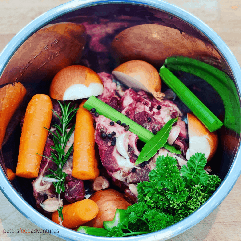 ingredients to make bone broth made from scratch